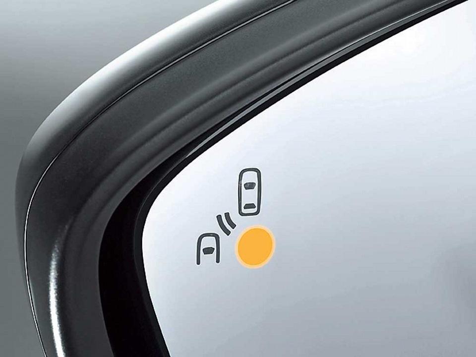 Какие системы и технологии обеспечивают безопасность автомобиля? 3