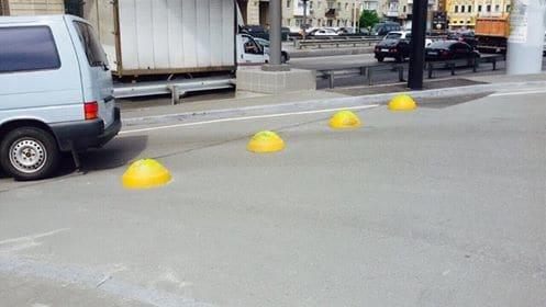 Бетонные полусферы на Почтовой площади восстановлены 1