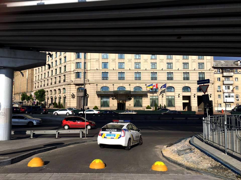 Украинские «автохамы» объявили «войну» за свое право парковаться там, где им вздумается 1