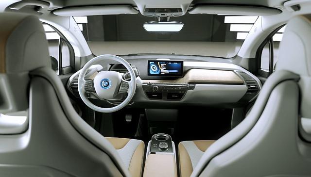 Запас хода электрокара BMW i3 будет увеличен на 50% 3