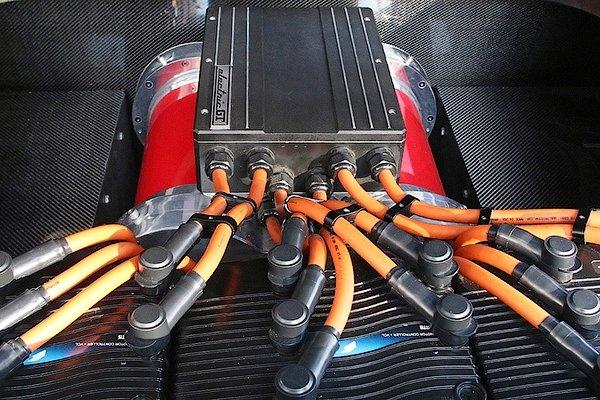Американцы создали полностью электрический суперкар Ferrari 2