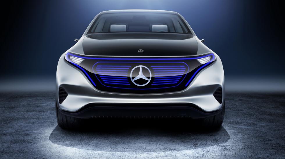 Новый кроссовер Mercedes «работает от розетки» 1