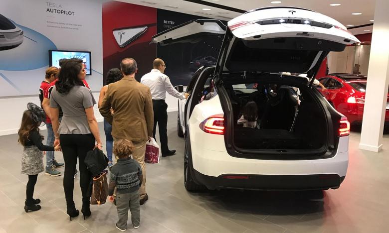 Автомобили Tesla оказались «круче чем Ford» 2