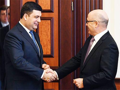Гройсман договорился о выпуске автомобилей Skoda в Украине 2