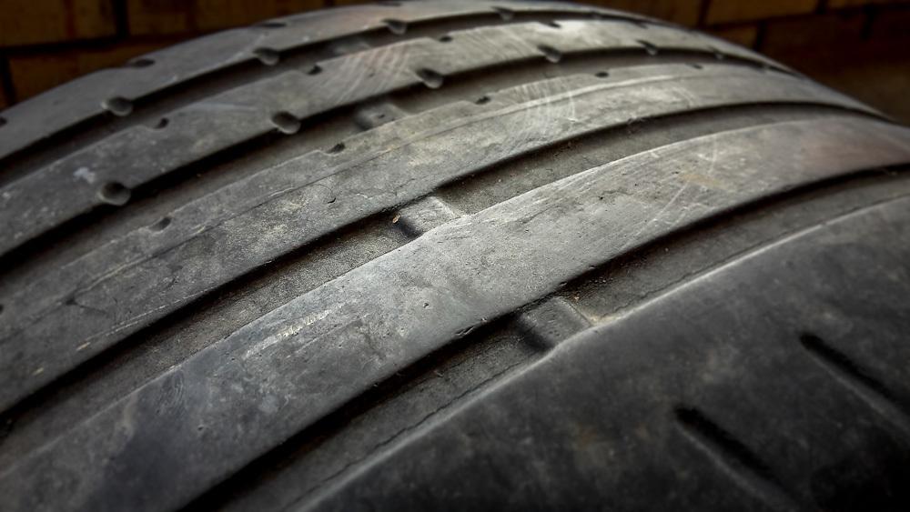 Пять причин поменять шины на своем авто 2