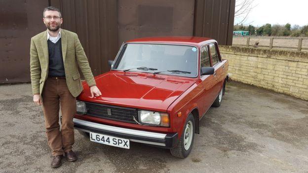 Школьный учитель из Англии собрал коллекцию советских авто 1