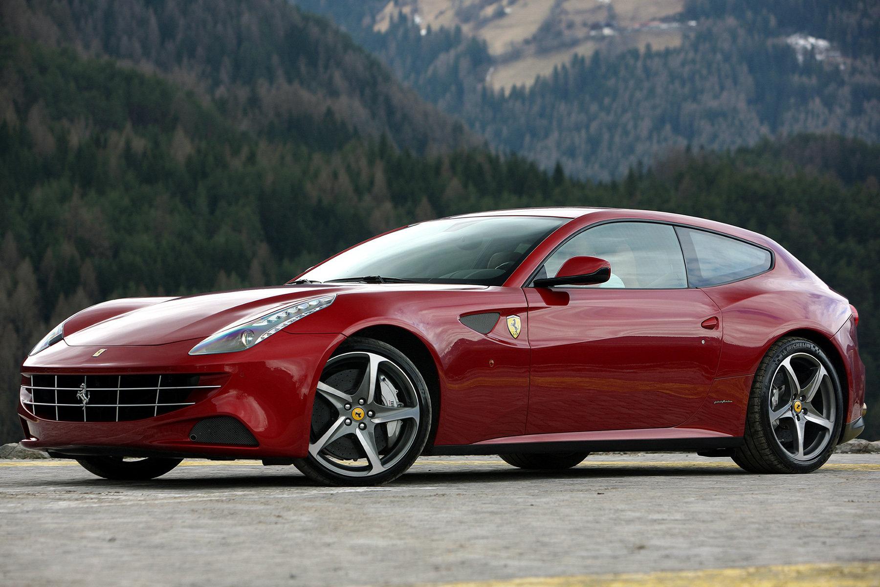 Автовладелец подал в суд на дилера Ferrari из-за облезшей краски 1