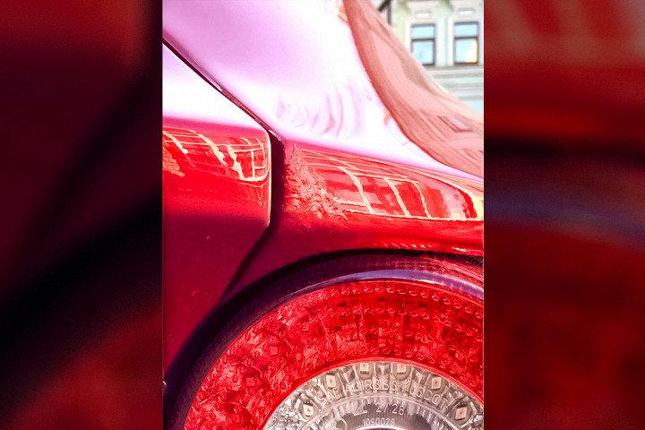 Автовладелец подал в суд на дилера Ferrari из-за облезшей краски 2