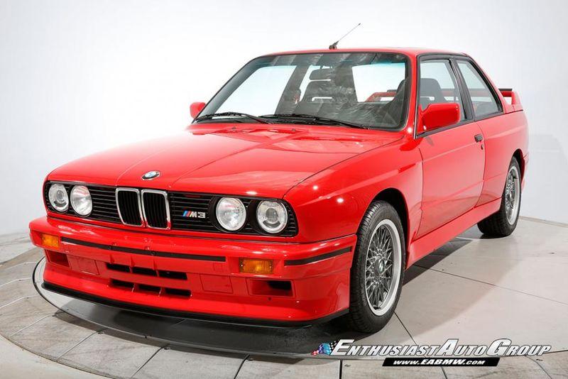 На аукционе «едва не подрались» из-за BMW почти без пробега 1