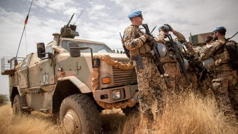 Немецкие военные автомобили массово ломаются от жары 1