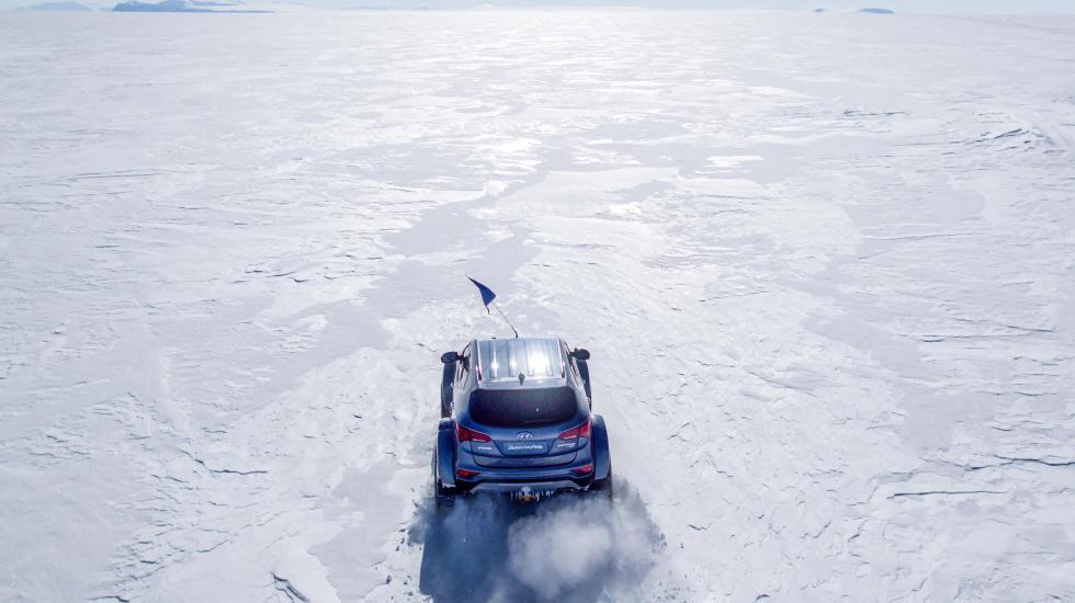 Hyundai Santa Fe испытывают холодом в Антарктиде 1