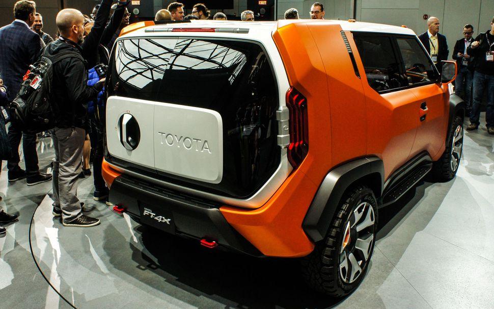 Марка Toyota презентовала «очень странный внедорожник» 2