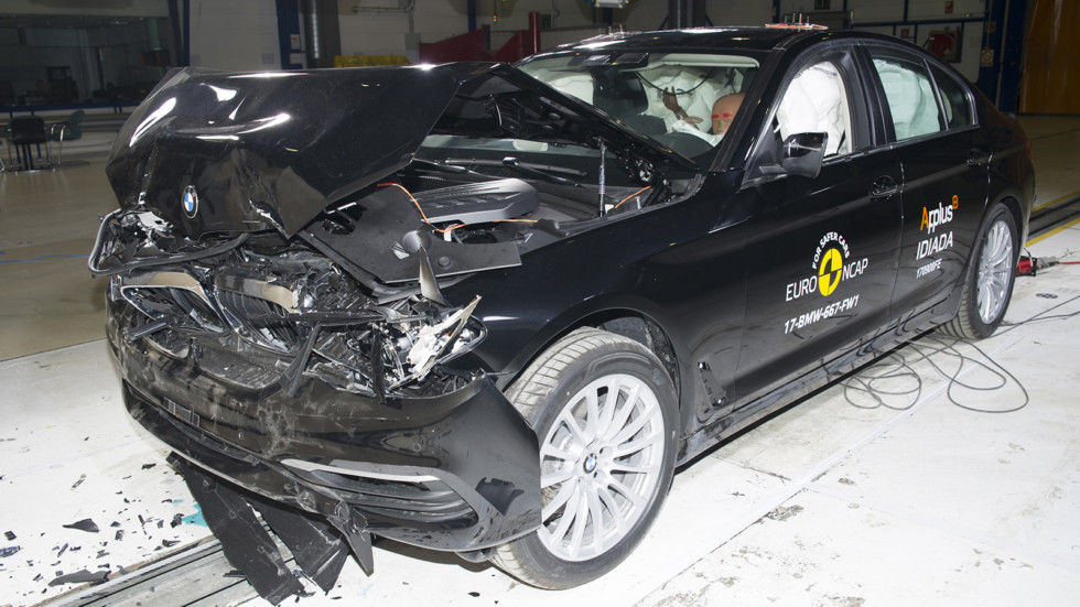 Новый BMW 5 Series «удивил» результатами краш-теста 2