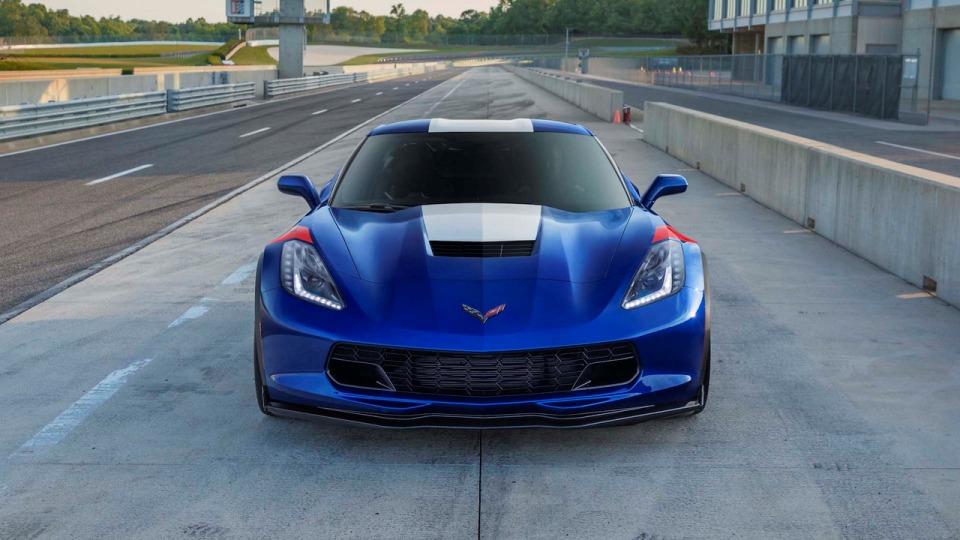 Chevrolet выпустит пять «ностальгических» Corvette для японцев 1