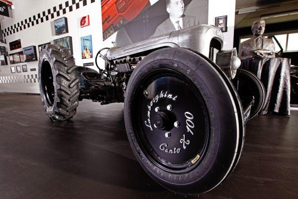 Lamborghini выпустит трактор за 250 тысяч евро 1