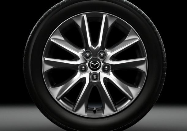 Кроссовер Mazda CX-3 обзавелся новой топовой версией 3