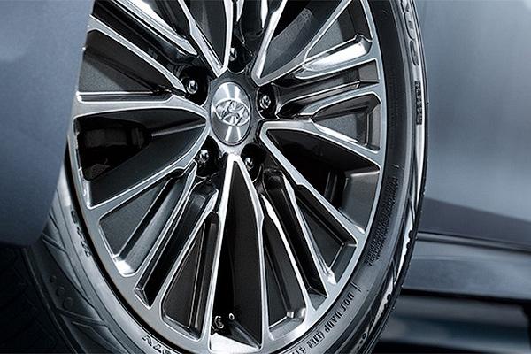 Новый Hyundai Grandeur стал гибридом 1