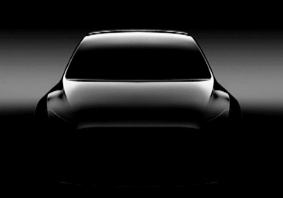 Компания Tesla частично показала новый Model Y 1