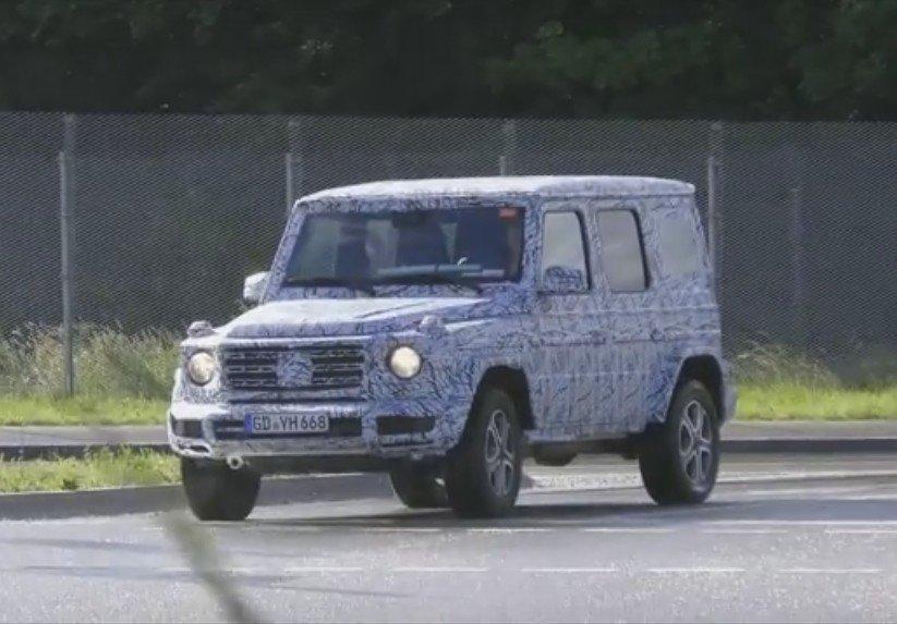 В сеть попало видео с испытаний Mercedes-Benz G-Class 1