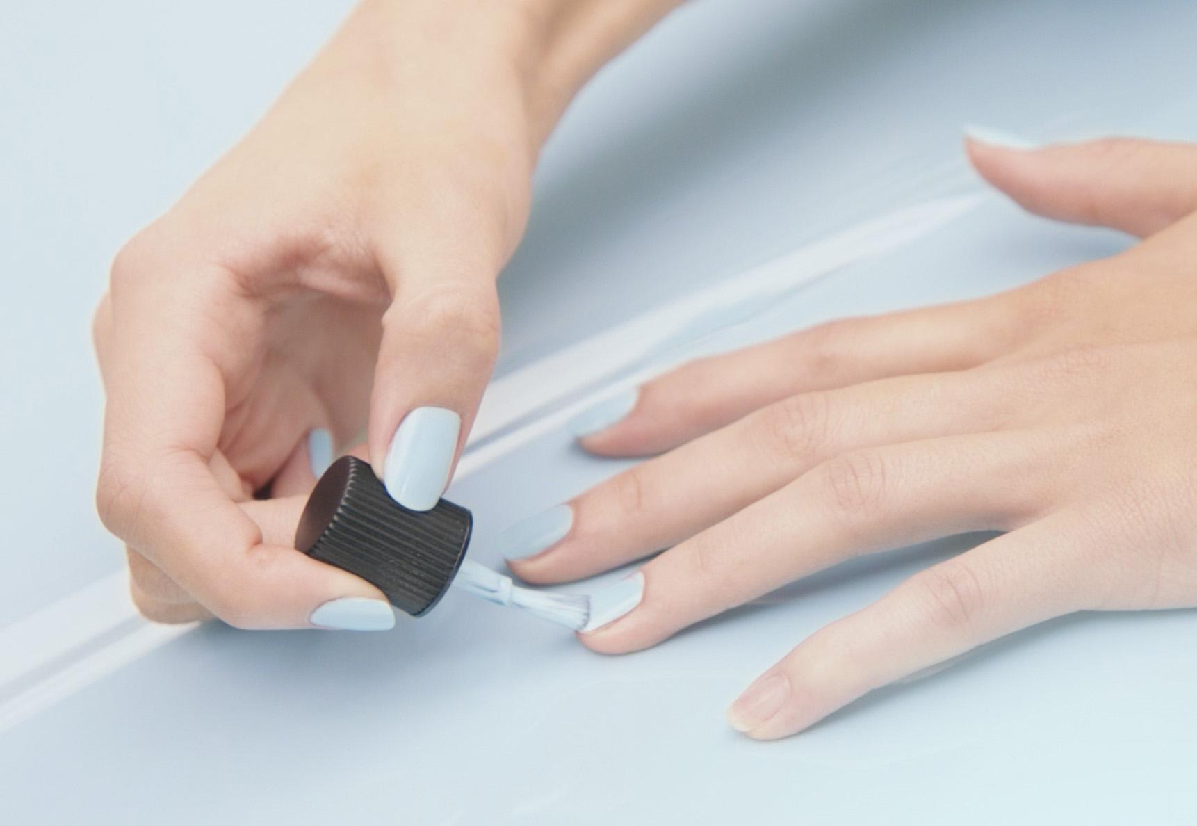 Марка Renault оказалась в центре скандала «из-за лака для ногтей» 2