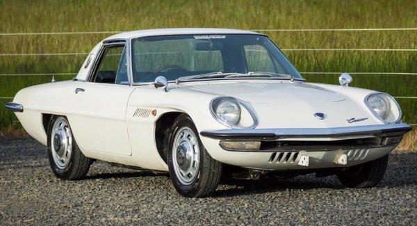 На аукцион выставили Mazda Cosmo с двигателем Wankel 1