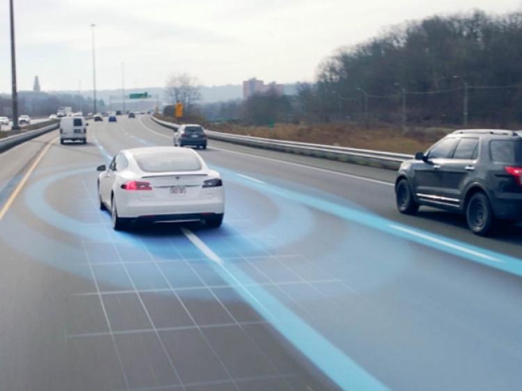 Маск презентовал новый автопилот для Tesla 1