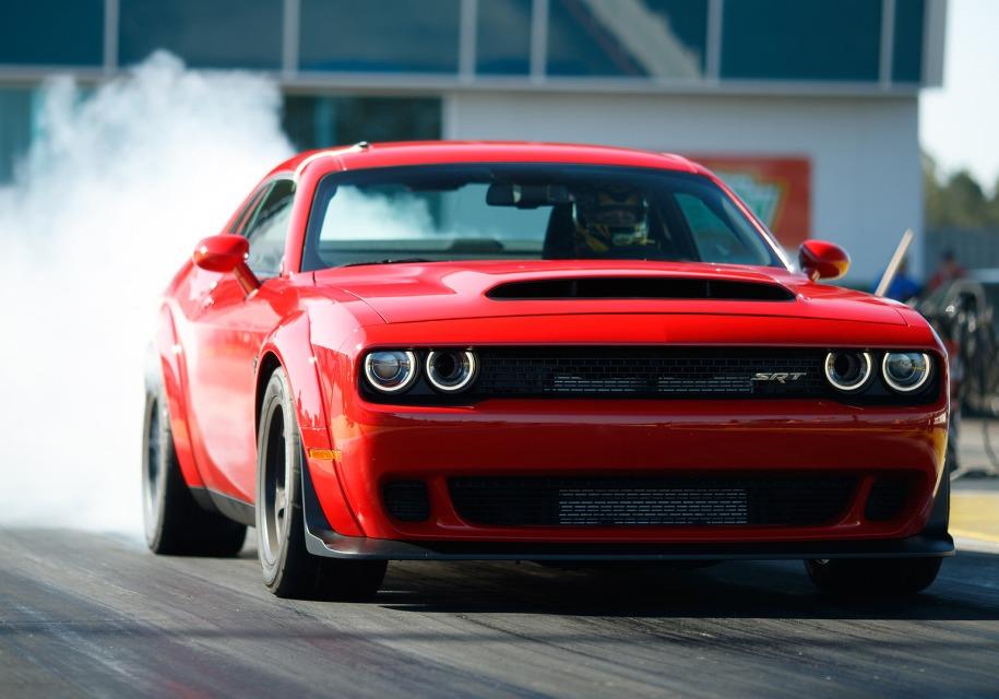 Автолюбители, «давшие взятку за новый Challenger уйдут в конец очереди» 1