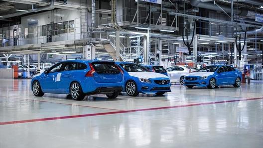 Volvo «не повесит свой логотип на машины придворного ателье» 2