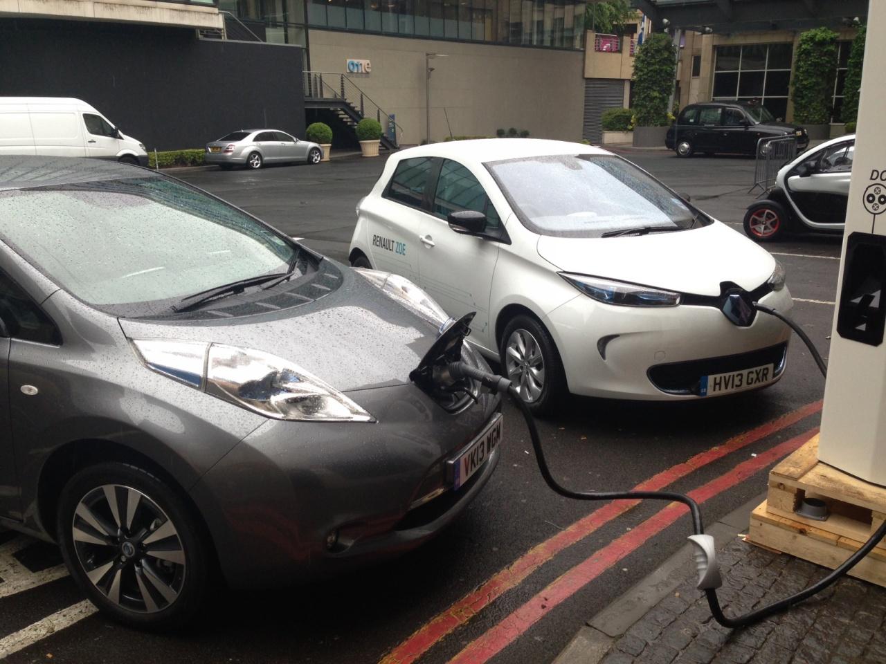 Renault и Nissan хотят конкурировать с Uber 1