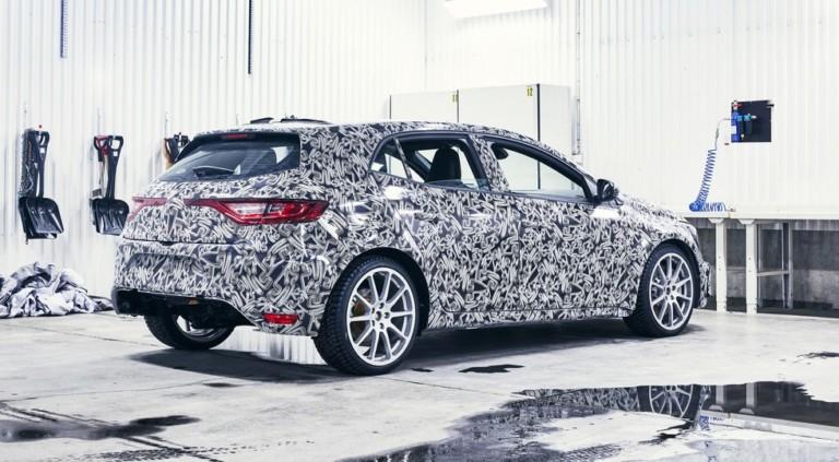 Озвучены новые данные о Renault Megane R.S. нового поколения 1