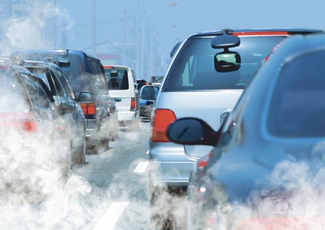 Украинских автомобилистов заставят платить за загрязнение воздуха 1