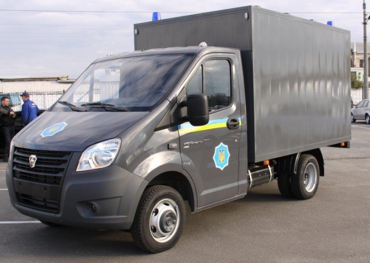 Полиция, «нарушив указ Президента, затарилась автомобилями из страны-агрессора» 1