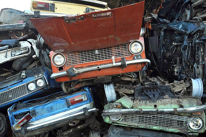 По украинским дорогам «разъезжает старый автохлам» 1