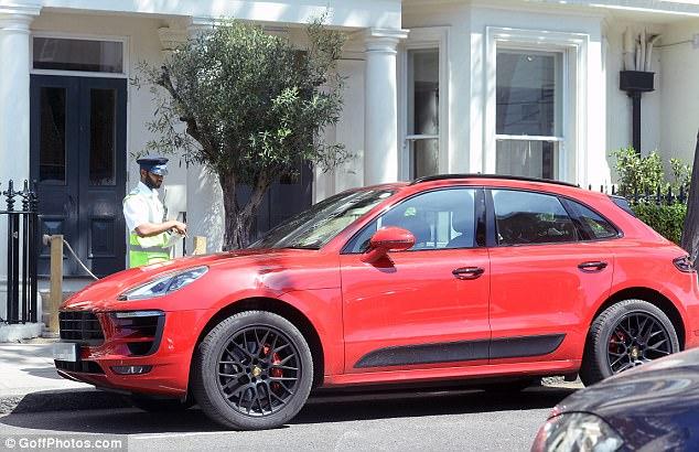 У знаменитого теннисиста-банкрота отбирают роскошные машины 2