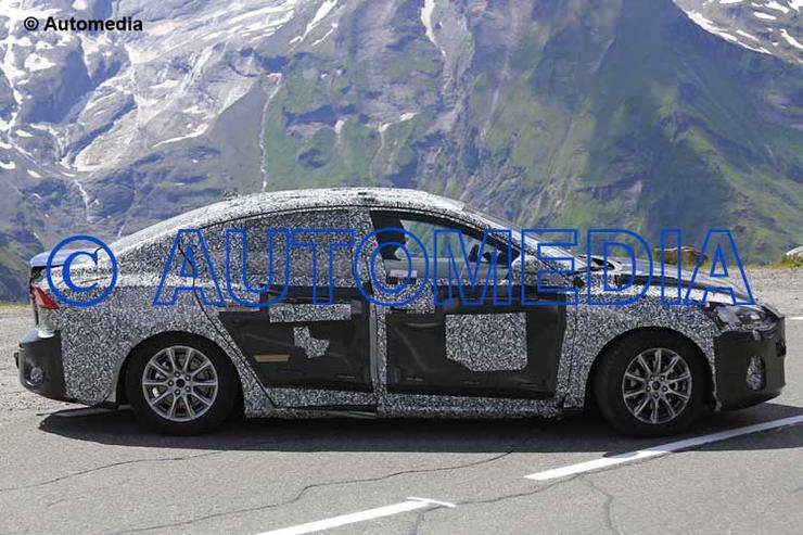 Папарацци засекли на дороге Ford Focus четвертого поколения 3