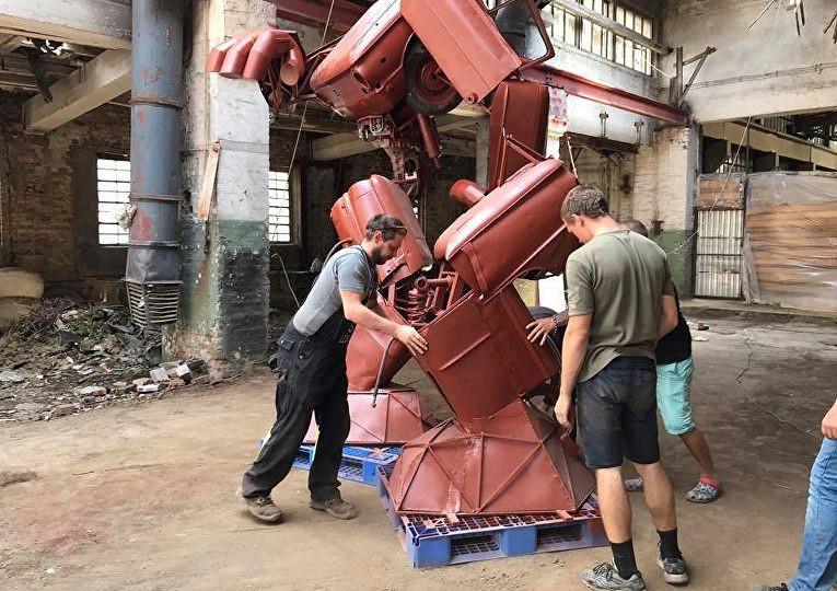 Украинец построил «Трансформера» из старого ЗАЗа 1