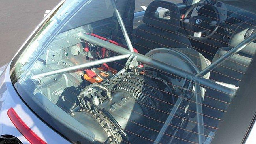 Автовладелец установил на VW Beetle реактивный двигатель 2