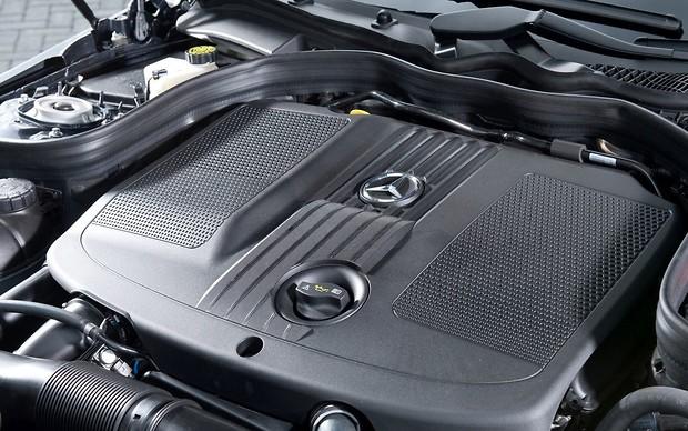 «Новый скандал»: компанию Mercedes обвинили в махинациях 1