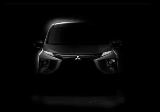 Компания Mitsubishi показала новый семейный автомобиль 1