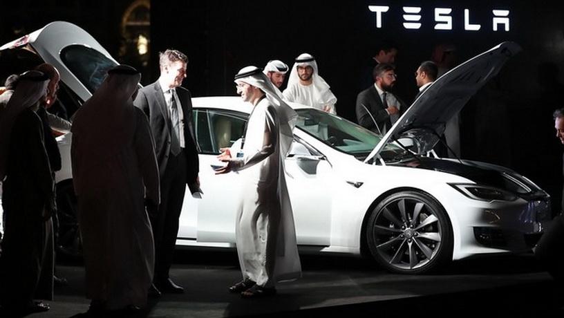 Компания Tesla «добралась до Дубай» 2