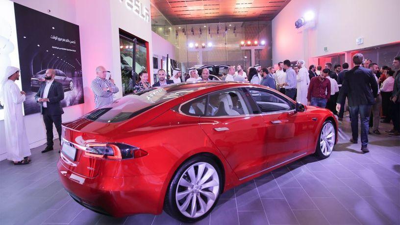Компания Tesla «добралась до Дубай» 1