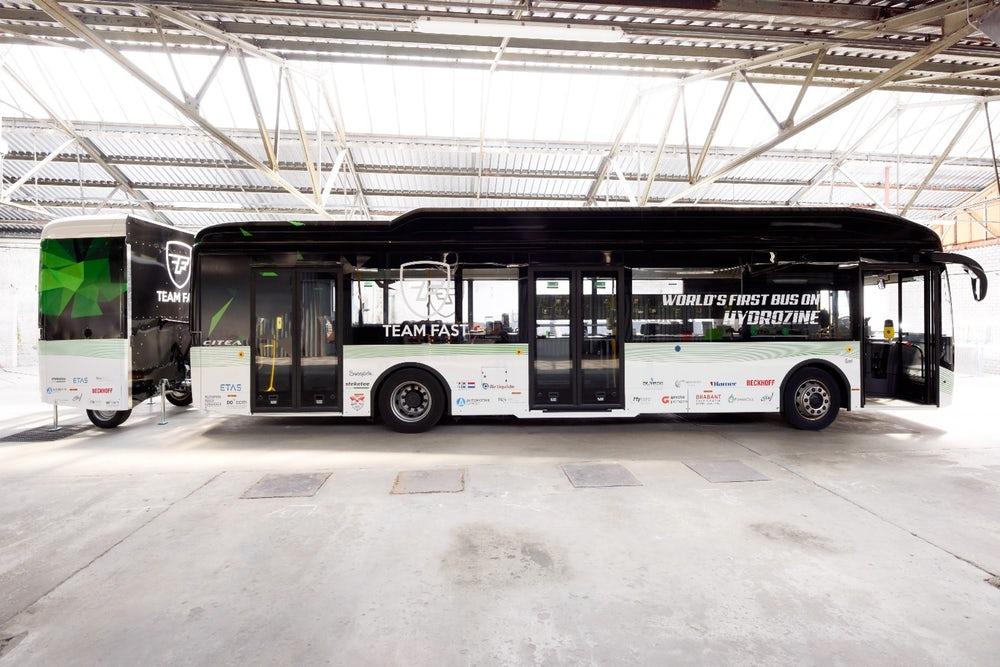 Ученые предложили «заправлять» автобусы муравьиной кислотой 1