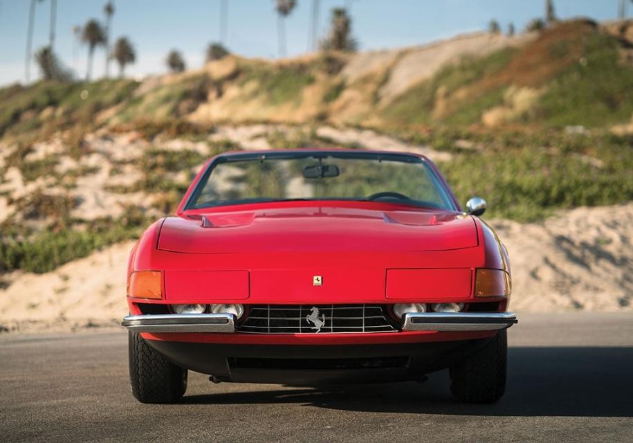 На торги выставили редкую Ferrari, которую два десятилетия прятали от людей 1