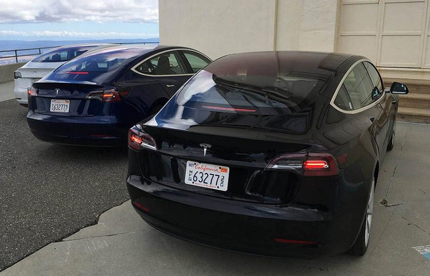 Объявлена дата выпуска самой доступной модели Tesla 1