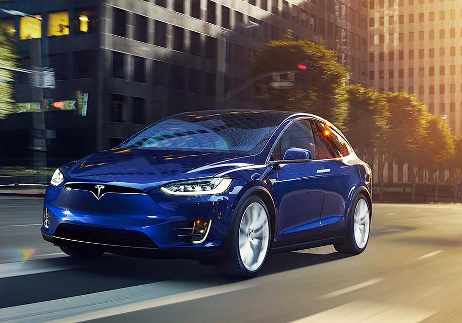 Глава Tesla «решил разогнать» Model S и Model X 2