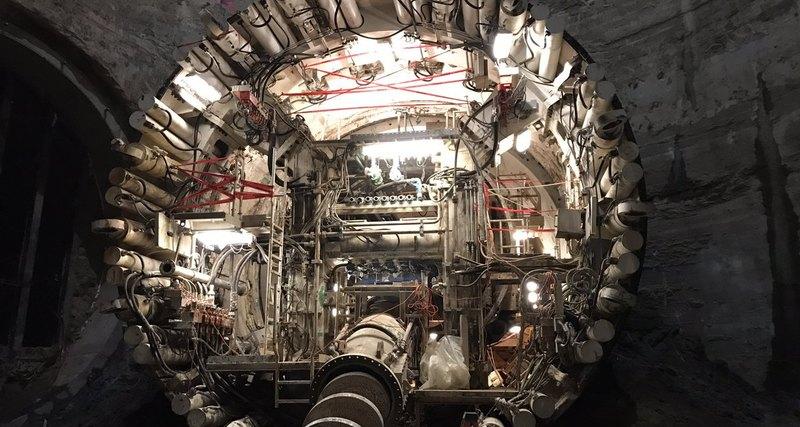 Глава Tesla вырыл первый тоннель для подземной дороги 1