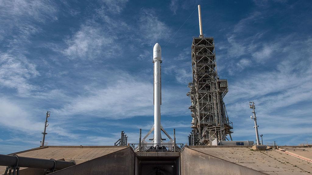 «У Маска не получилось»: глава Tesla не запустил спутник 1