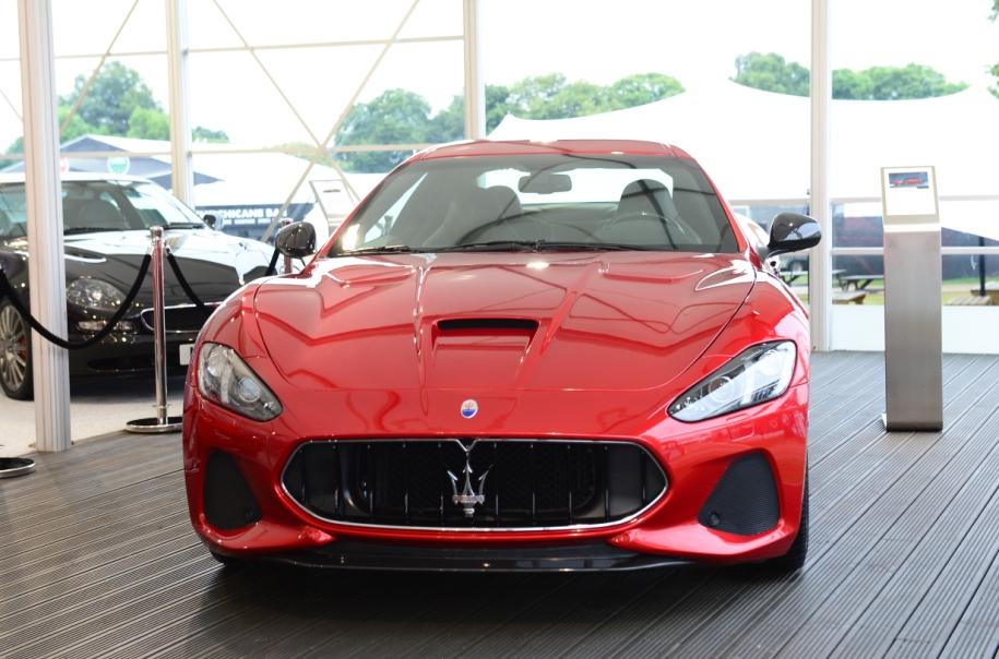 Maserati подарит эксклюзивные часы тому, кто «немедленно» купит спорткар 2