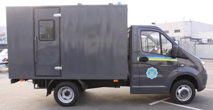 Полиция, «нарушив указ Президента, затарилась автомобилями из страны-агрессора» 2