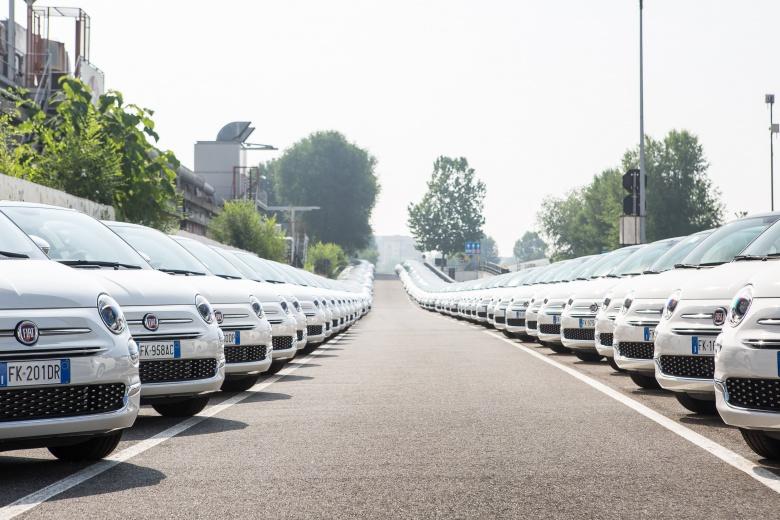 Супермаркет подарил своим клиентам 1500 новеньких Fiat 2